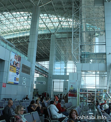 デハラドゥン空港